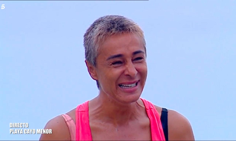 Ana María Aldón se derrumba al repasar su durísima infancia