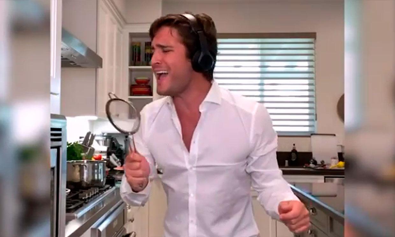 Diego Boneta anuncia de la forma más divertida cuándo se estrenará la segunda temporada de 'Luis Miguel, la serie'