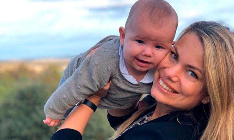 Carla Goyanes muestra, emocionada, los primeros pasos de su hijo Beltrán