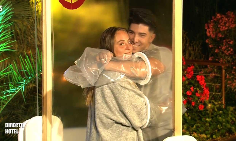 El romántico reencuentro entre Rocío Flores y su novio Manuel