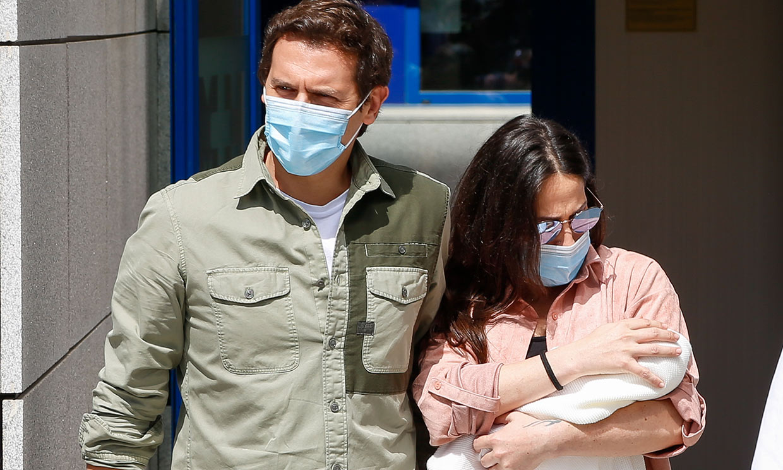 La alegría de Malú y Albert Rivera tras el nacimiento de su hija: 'Ha sido muy bonito'