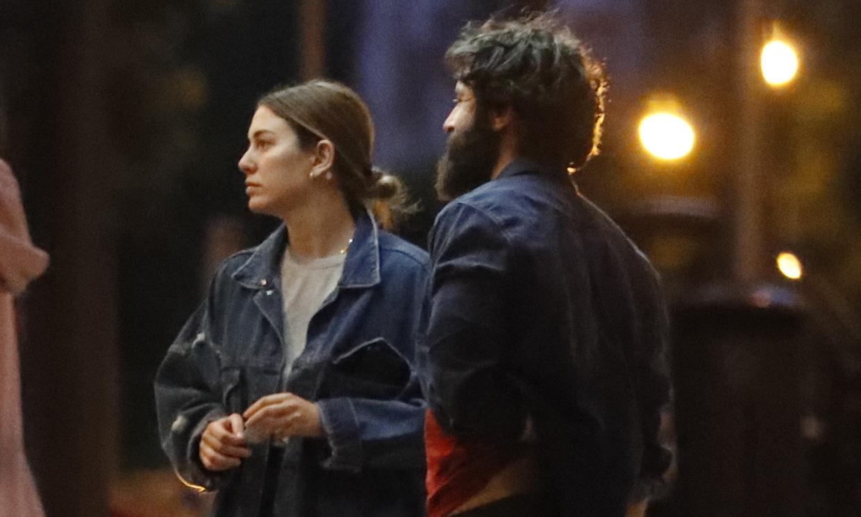¡Paseo con Pistacho y pizzas para llevar! El plan más romántico de Blanca Suárez y Javier Rey