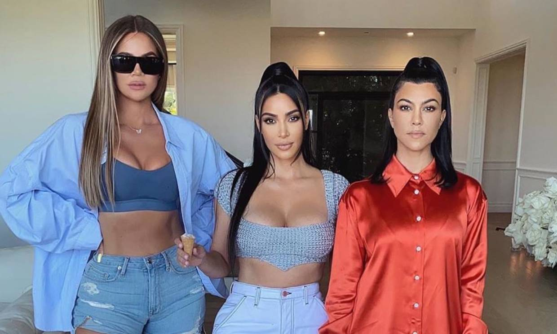 'Agradable, pero también aterradora' Kim Kardashian habla de su primera cita familiar tras el aislamiento