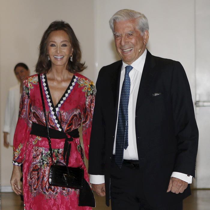 Isabel Preysler yMario Vargas Llosa celebran cinco años de amor
