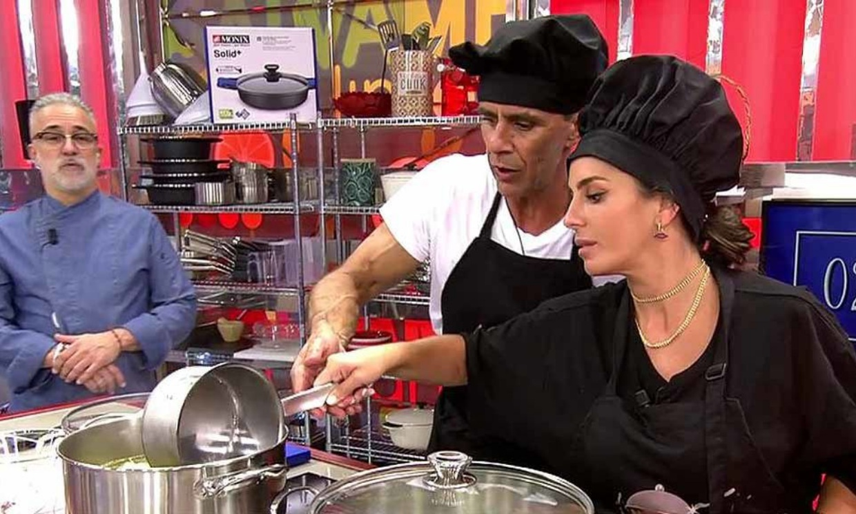 Sorpresas, traumas y una supuesta mosca se cuelan en la cocina de Anabel Pantoja y Alonso Caparrós