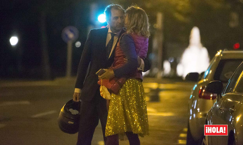 EXCLUSIVA: Ágatha Ruiz de la Prada y Luis Gasset, besos y abrazos en la noche madrileña