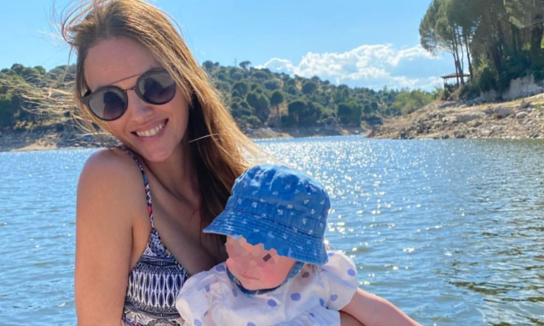 Un domingo en el pantano: el refrescante plan de Helen Lindes y sus hijos