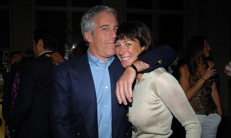 Detienen a Ghislaine Maxwell, amiga del financiero estadounidense Jeffrey Epstein