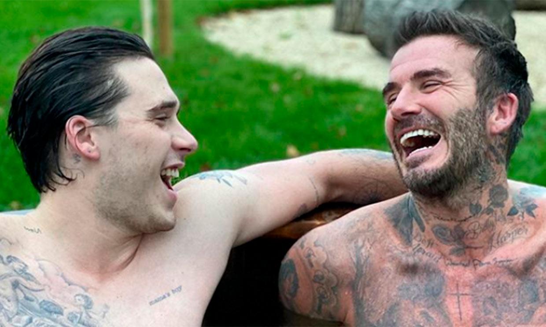 Brooklyn Beckham vuelve a casa e impresiona por su parecido con su padre, ¿es él o es David?