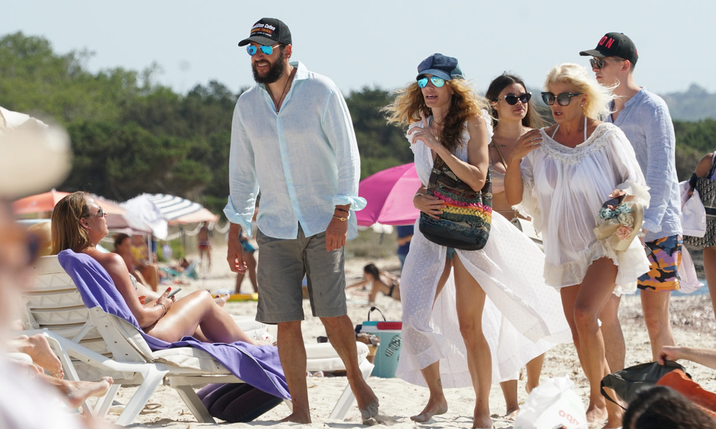 Borja Thyssen y Blanca Cuesta, jornada marinera en Formentera