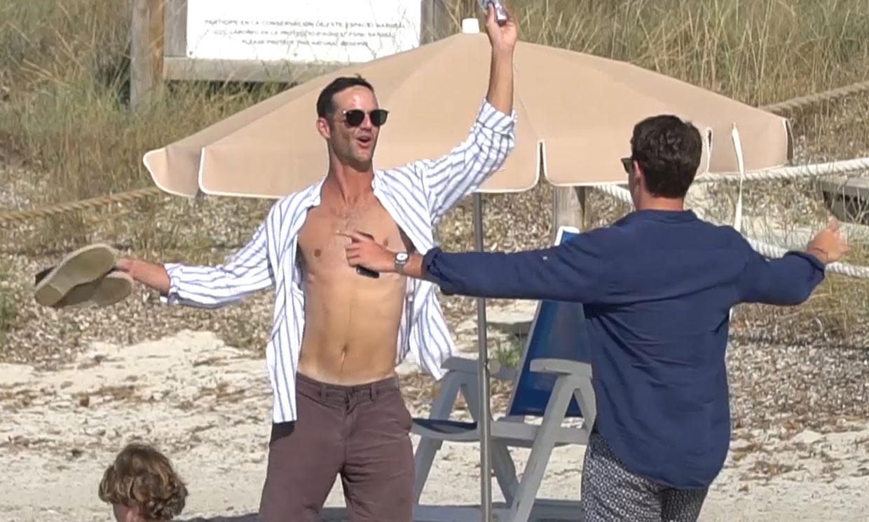 ¡Fiesta en la playa! Amelia Bono convierte la arena en su pista para bailar con la familia