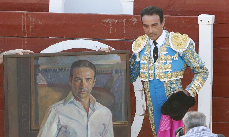 Enrique Ponce vuelve a torear en un día muy significativo y con la ausencia de Ana Soria
