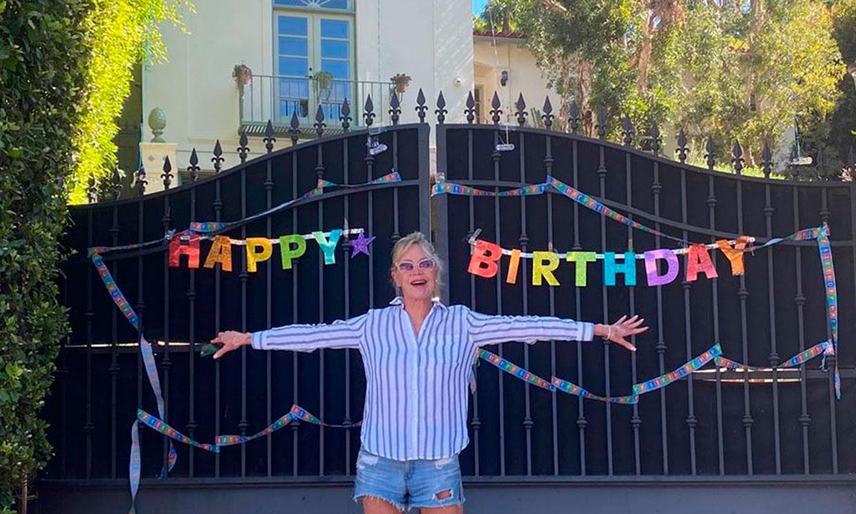 Llamada de sus ex, flores y una gran sorpresa: Melanie Griffith celebra su 63 cumpleaños