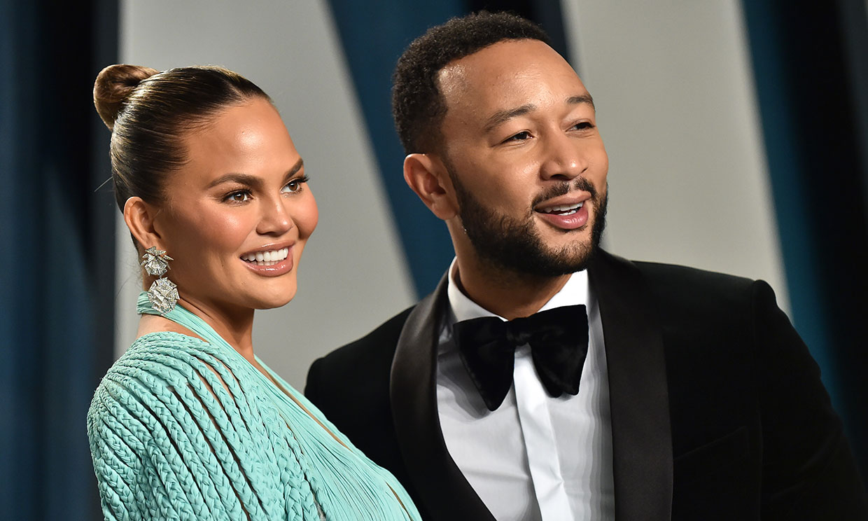 John Legend y Chrissy Teigen confirman que esperan su tercer hijo