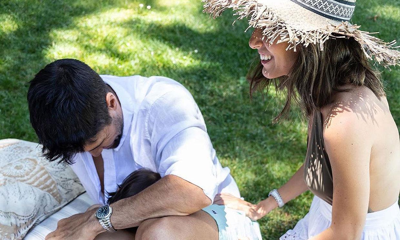 Ana Boyer y Fernando Verdasco, domingo de mimos y cosquillas con su hijo Miguel