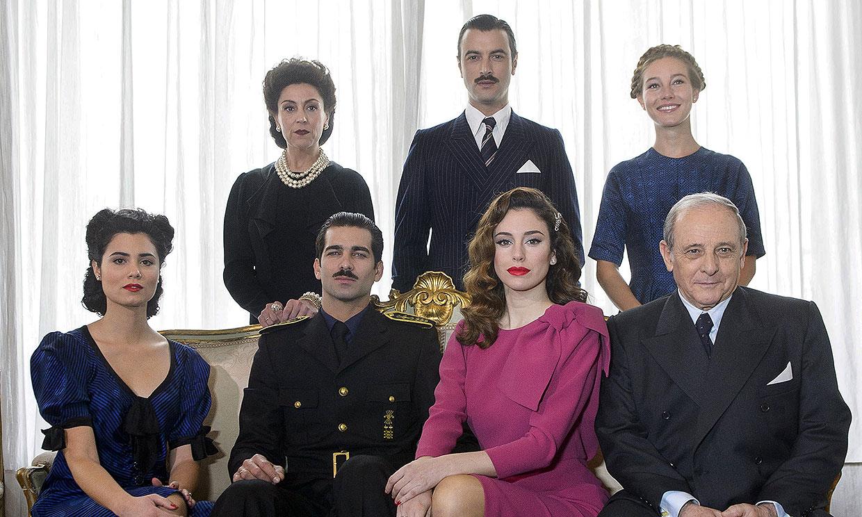 Descubre los secretos de la serie en la que se conocieron Blanca Suárez y Javier Rey
