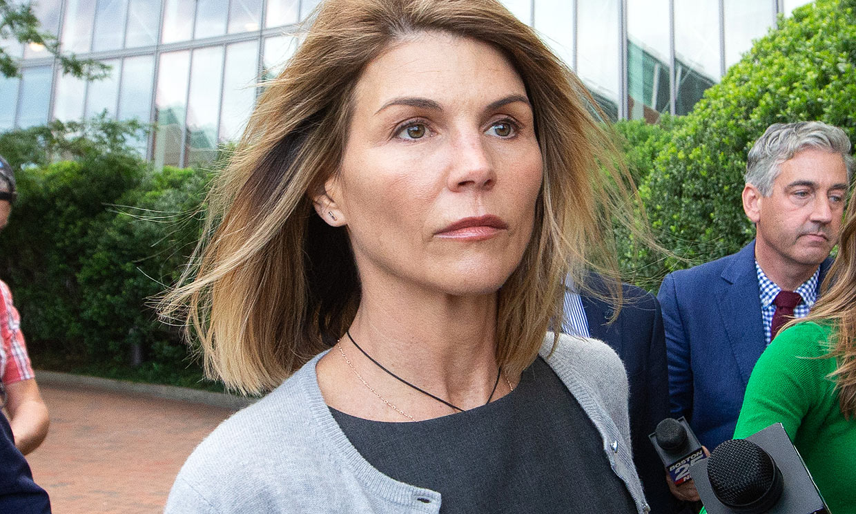 Lori Loughlin, condenada a dos meses de prisión por el caso de los sobornos universitarios
