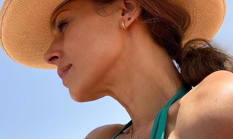 Eva González apura su 'tiempo de verano' antes de retomar las grabaciones de 'La Voz'