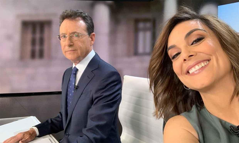 Matías Prats interrumpe el telediario para dar la bienvenida a Mónica Carrillo tras ser operada de cáncer
