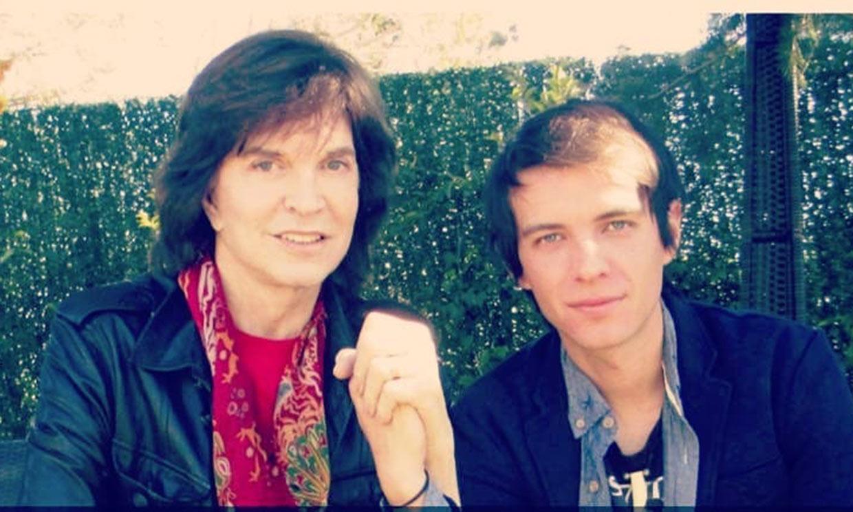 El hijo de Camilo Sesto homenajea a su padre en el aniversario de su muerte