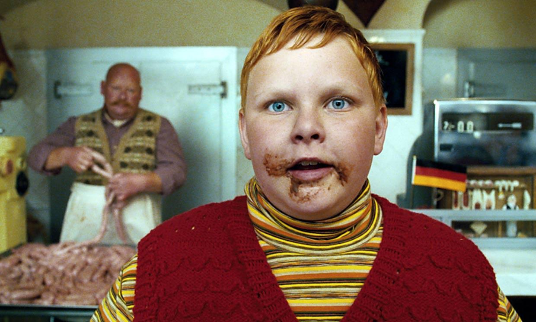 ¿Recuerdas al niño goloso de 'Charlie y la Fábrica de Chocolate'? Este es su asombroso cambio