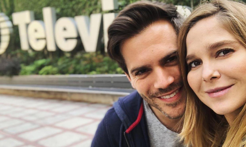 El 'selfie' familiar más divertido y natural de Natalia Sánchez y Marc Clotet