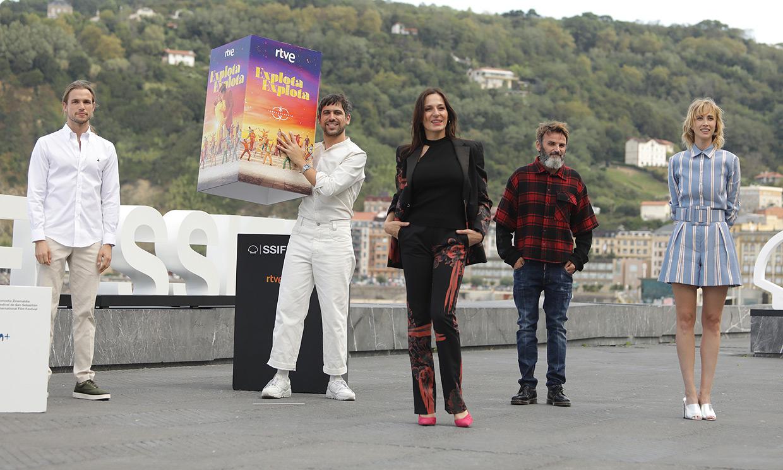 Las melodías de Raffaella Carrà se cuelan en el Festival de San Sebastián