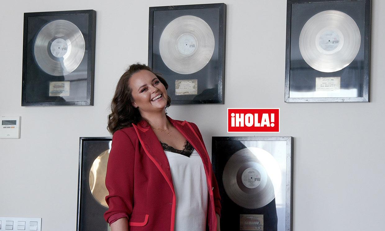 La relación con Dorio, sus planes en Madrid… El regreso de Shaila Dúrcal en ¡HOLA!