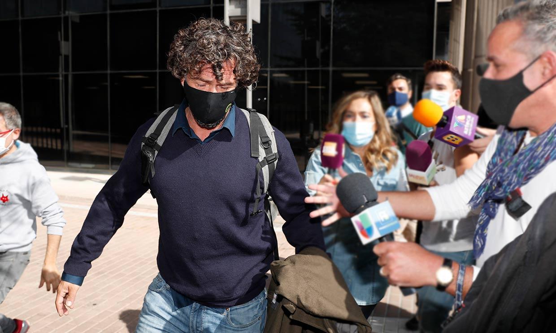 Así ha sido el cara a cara de Miguel Bosé y Nacho Palau: 'Los juicios no son agradables'
