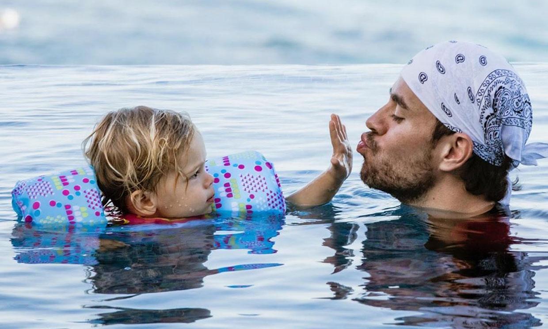 Enrique Iglesias y su tranquila vida familiar alejado de los focos