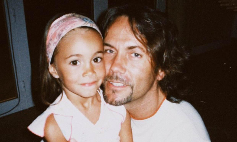 ¿Reconoces a esta niña? Fue finalista de 'Operación Triunfo' y está saliendo con un actor