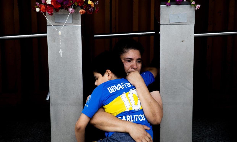 FOTOGALERÍA: Argentina llora la pérdida de su ídolo Maradona