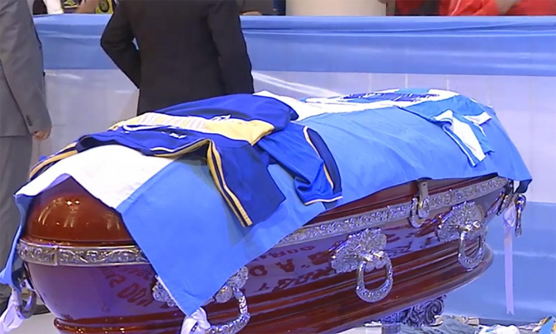 Los hijos y la exmujer de Maradona le dan su último adiós en la Casa Rosada