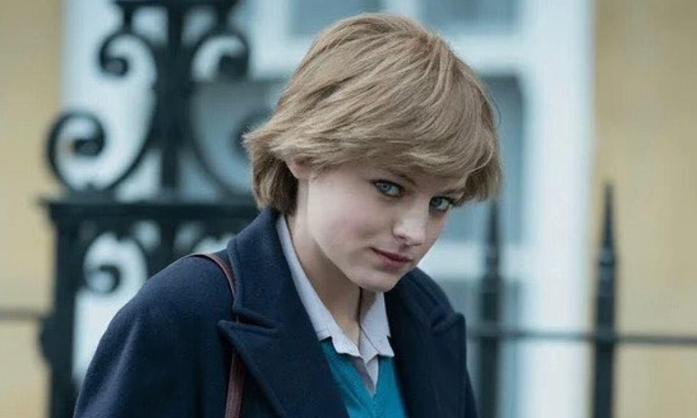 Emma Corrin (Lady Di en 'The Crown') acabó en el hospital durante el rodaje de la serie en España