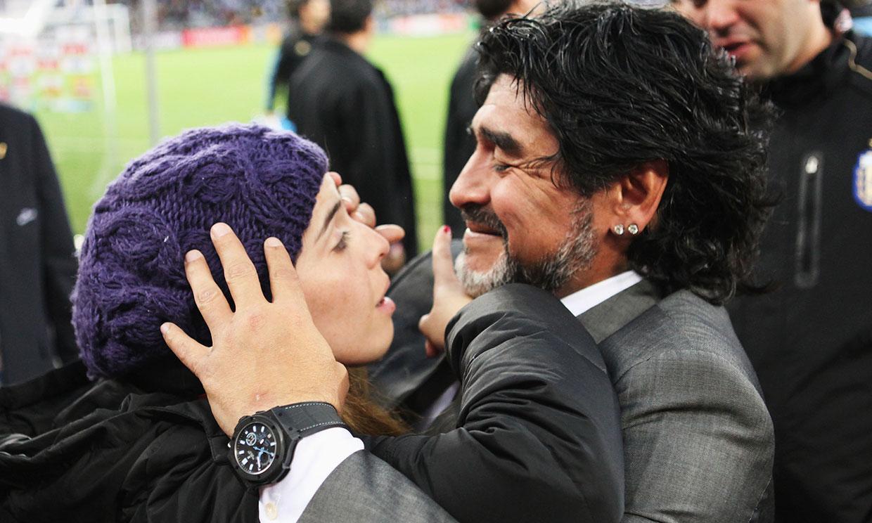 ¿Quién estuvo con Maradona en sus últimos días?