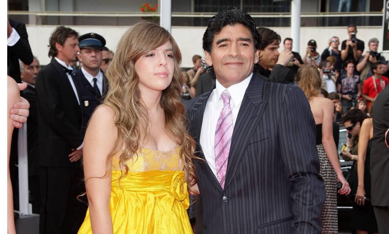 Dalma Maradona, rota de dolor, recuerda a su padre con unas emotivas palabras (y muchas promesas)