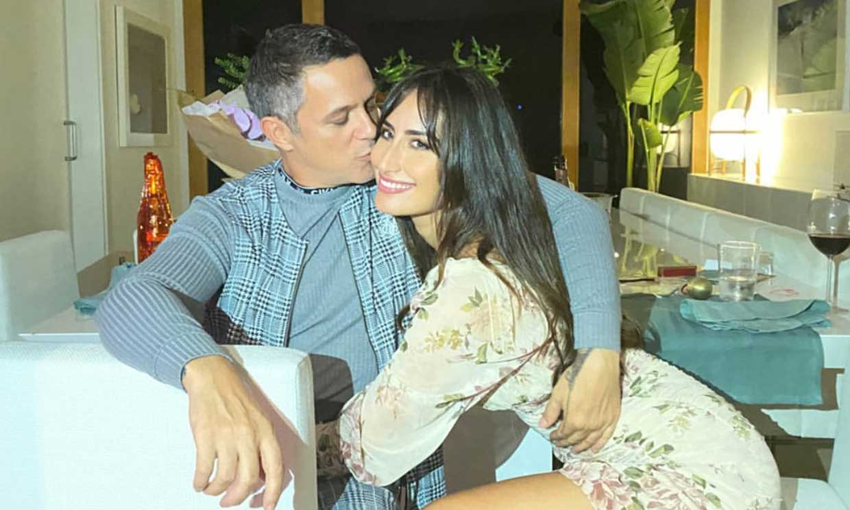 Alejandro Sanz comparte su definición de amor y Rachel Valdés responde con una tierna imagen