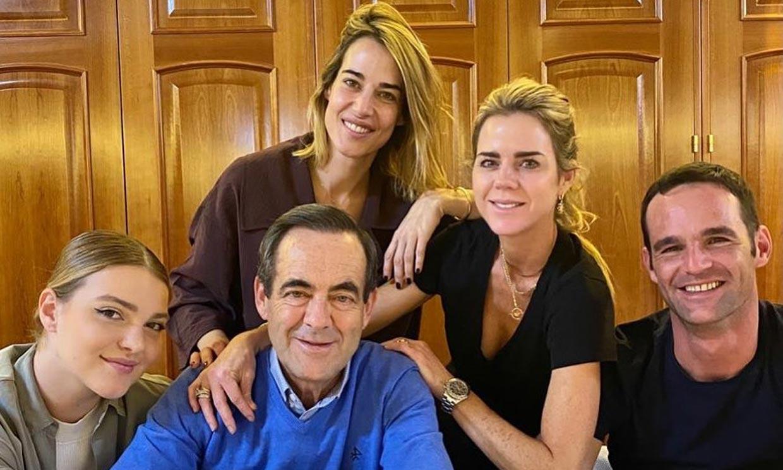 Con una reunión familiar en Toledo: así ha celebrado José Bono su 70º cumpleaños