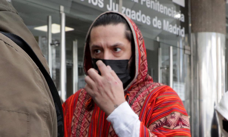 Rafael Amargo cumple con sus obligaciones legales: acude a firmar a los juzgados