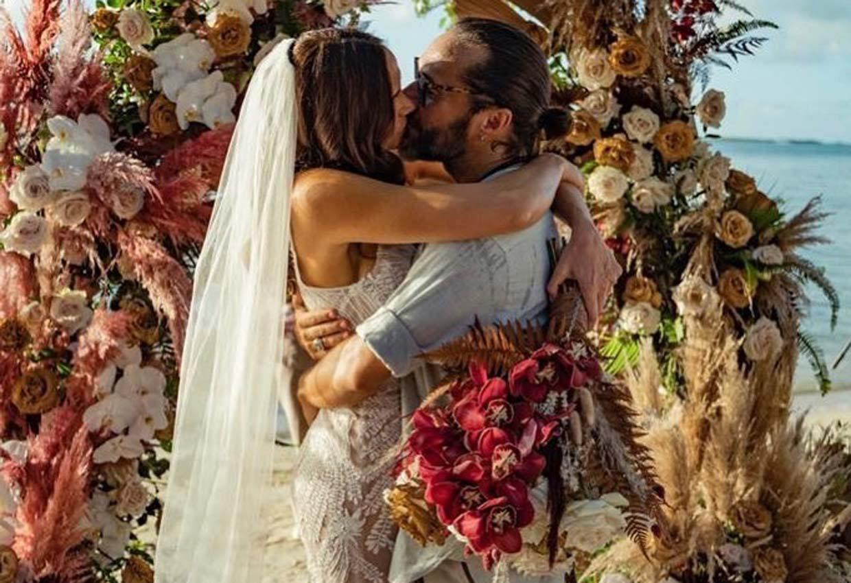 ¡Sorpresa! El cantante Diego Torres y la modelo Débora Bello, protagonistas de la última boda secreta