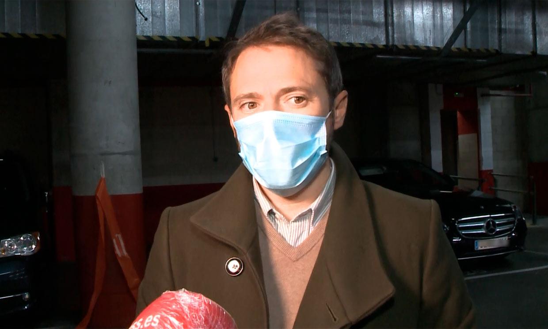 Raphael afirma que su concierto fue seguro y su hijo, Manuel Martos, aclara las medidas que se siguieron