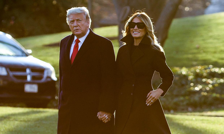 Donald y Melania Trump viajan a Florida para celebrar sus últimas navidades en la presidencia