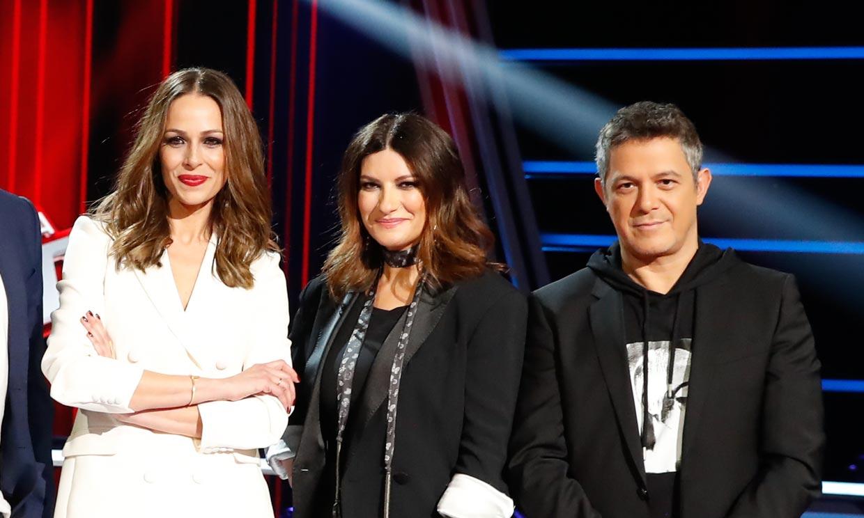 Laura Pausini, Eva González y Alejandro Sanz, unidos por un jersey navideño