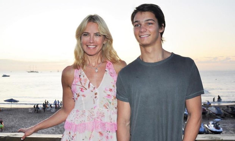 Tiziano, el hijo de Valeria Mazza, un atractivo campeón de esquí de 18 años