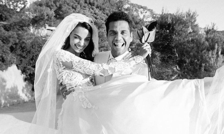 Joana Sanz demuestra que su boda con Dani Alves fue real