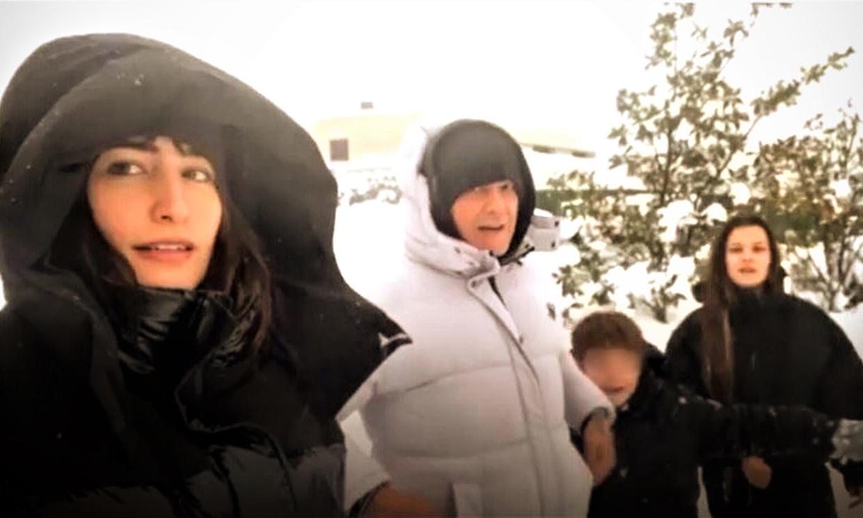 Las 'caídas' de Alejandro Sanz y otros momentazos divertidos de nuestras 'celebrities' en la gran nevada