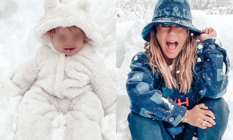 ¡Como un osito viendo caer la nieve! Así disfruta la niña de Elena Tablada de su 'primera vez'