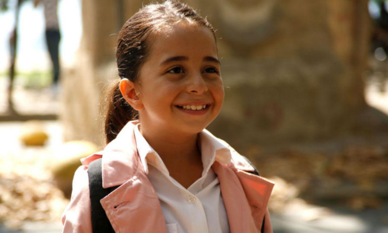 Quién es Beren Gökyıldız, la pequeña que triunfa con su papel en 'Mi hija'