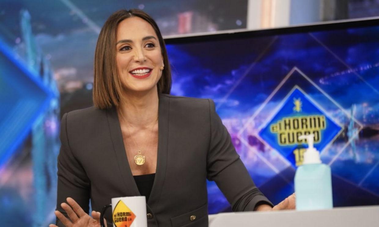 Tamara Falcó confiesa que su madre y su hermana se ríen de ella cuando va con el atuendo de chef