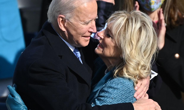 Gestos de cariño, besos, abrazos... Joe y Jill Biden, los más románticos de una jornada crucial para EEUU